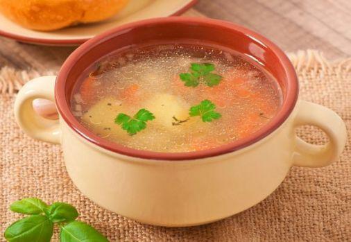 Cum se prepară supa picantă de pui! Care este elementul surpriză al acestei rețete delicioase
