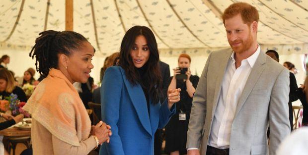 Scandal în familia regală britanică! Mama lui Meghan Markle nu va mai petrece Crăciunul la palat