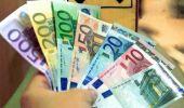 Curs valutar. Euro s-a apreciat, iar prețul aurului este la cel mai ridicat nivel din iunie încoace