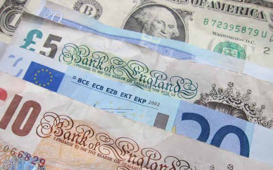 Curs valutar. Leul se apreciază în fața principalelor valute
