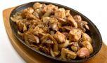 Cum se prepară ficăţeii de pui cu ciuperci. O rețetă delicioasă și sănă…