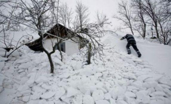 Buzău. Noapte de coșmar pentru mii de familii. Oamenii stau în frig și întuneric