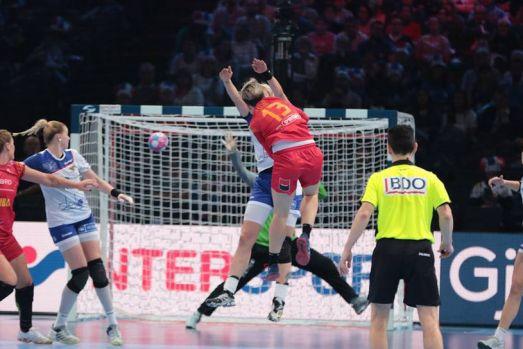 CE de handbal feminin. Rusia a bătut România fără drept de apel, scor 28-22. Vom lupta pentru bronz