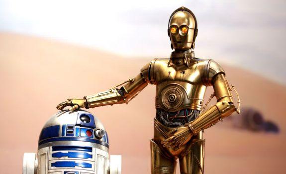 """Cine se ascunde în spatele costumului inteligentului robot C-3PO! Anunțul făcut de actorul care a jucat în toate filmele """"Star Wars"""". Foto în articol"""