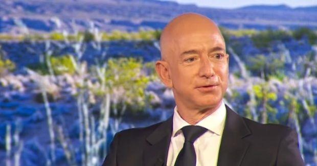 Jeff Bezos, cel mai bogat om al planetei și fondatorul Amazon, divorțează după 25 de ani