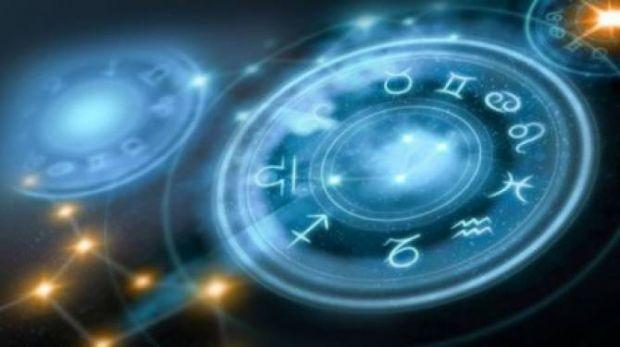 Horoscop 10 ianuarie 2019. Gemenii au discuţii în contradictoriu, iar Scorpionii se stresează inutil