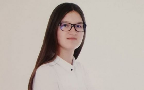O adolescentă din România are un IQ de geniu. Se numără printre cei mai inteligenţi oameni din lume