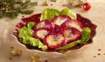 Cum se prepară salata rusească cu pește afumat și sfeclă roșie