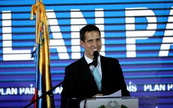 Klaus Iohnanis îl recunoaște pe Juan Guaidó ca președinte interimar al Venezuelei