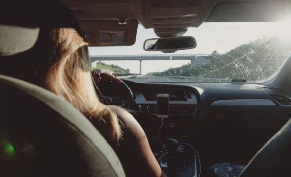 Atenție șoferi! Mașinile pe motorină ar putea fi interzise și în România