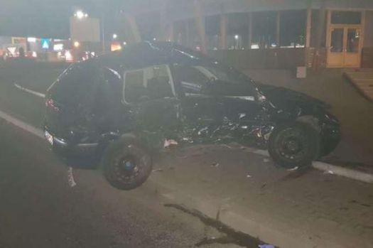 Sibiu. O tânără însărcinată a ajuns în comă la spital după un accident produs de un şofer băut