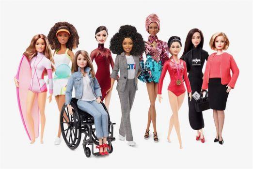 Barbie împlinește 60 de ani și rămâne una dintre cele mai populare jucării din lume