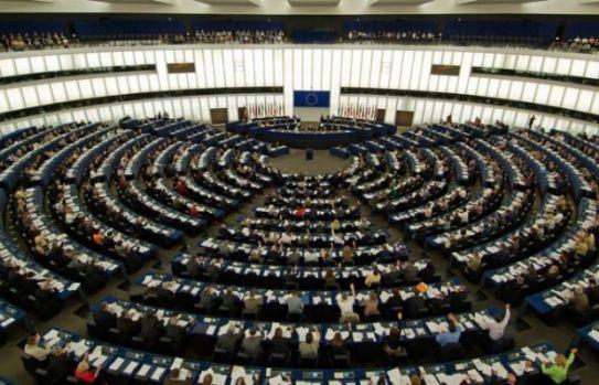 Ce salariu primește un europarlamentar. Suma este uriașă