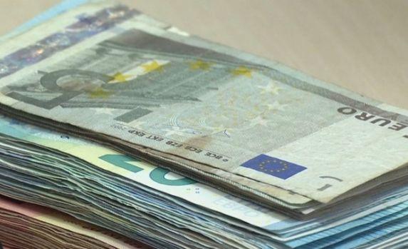 Curs valutar. Lira sterlină a atins cel mai mare nivel din iunie 2016 până în prezent