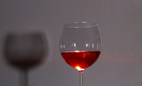 Câte pahare de vin se beau în ziua de Mucenici. 40 sau 44? Și de ce