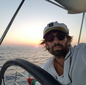 DJ Pagal, în comă indusă după un grav accident produs la Ibiza! Românul are șanse minime de supraviețuire