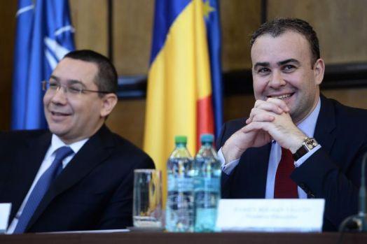Victor Ponta: Darius Vâlcov ne fură companiile de stat și le ascunde prin cimitire!