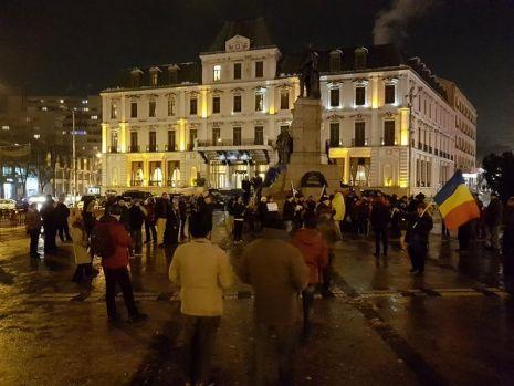 Proteste împotriva guvernării PSD – ALDE! Oamenii au ieșit pe străzi în București, Cluj, Timișoara și Iași