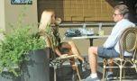 Un cunoscut cântăreţ român a fost părăsit de amantă şi s-a întors la so…