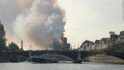 notre-dame-fire-0415-exlarge-169
