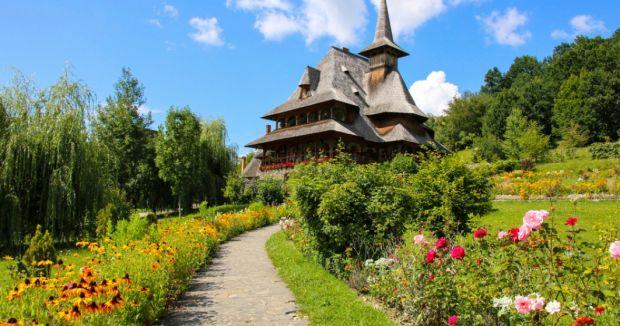 Turiștii români au cheltuit 12,5 milioane euro în România, în minivacanţa de Paşte şi 1 Mai