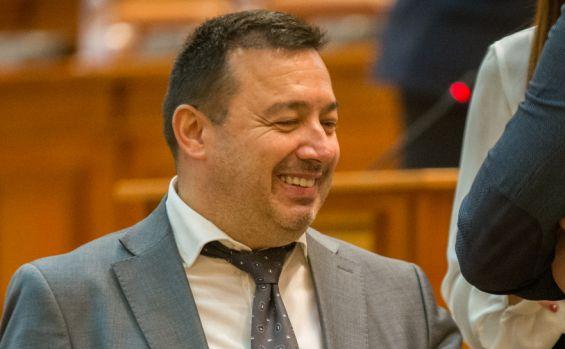 Reacția dură a unui polițist la adresa deputatului PSD Cătălin Rădulescu: Aberantule, eu îmi câștig salariul prin muncă, nu prin vot!