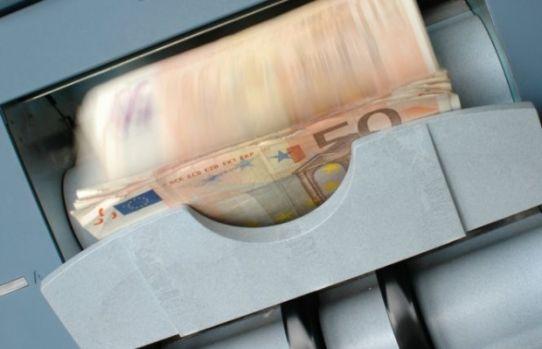 Curs valutar 27 mai 2019. Euro s-a depreciat în debutul săptămânii