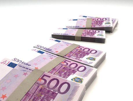 Curs valutar 28 mai 2019. Euro continuă să se aprecieze