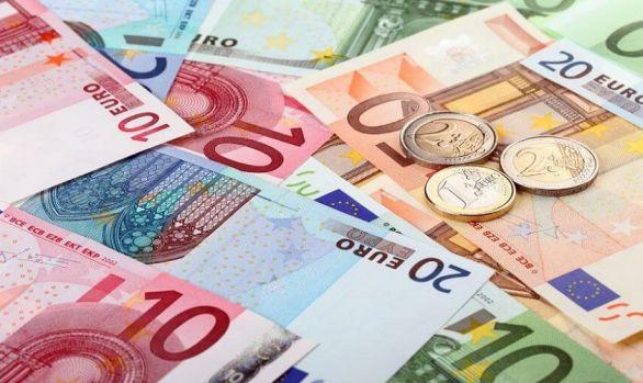 Curs valutar 29 mai 2019. Euro se depreciază puțin