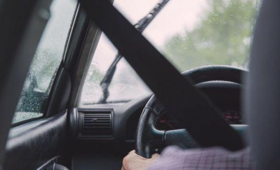 Germania. Un șofer român a fost obligat de un polițist să se uite la victima moartă a unui accident rutier