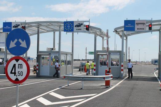 Atenție șoferi! Autoritățile de frontieră din Ungaria au anunțat că defecțiunea s-a remediat și traficul s-a reluat