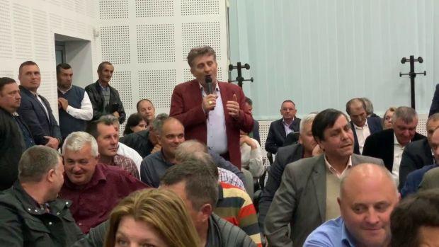 """Un primar PSD a venit """"afumat"""" la întâlnirea cu premierul Dăncilă! Video cu discursul edilului amețit"""