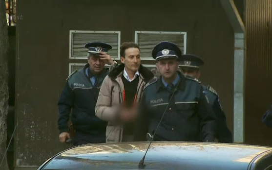 Radu Mazăre a ajuns în România! El a fost predat reprezentanţilor Administraţiei Naţionale a Penitenciarelor