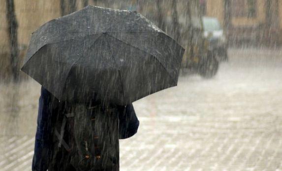Cod galben de ploi, valabil în 34 de județe și București până luni seara