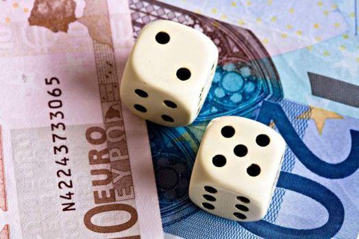 Curs valutar 9 septembrie 2019. Euro și dolarul se depreciază în debutul săptămânii