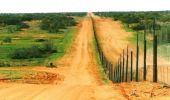 Unde se află cel mai lung gard din lume? N-o să-ți vină să crezi ce distanță acoperă! Video