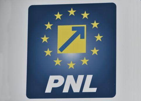 Au început să apară numele candidaților din PNL la șefia organizațiilor de sectoare din Capitală