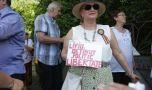 Protest neautorizat la Cotroceni. 50 de persoane cer eliberarea lui Dragnea: &#8…