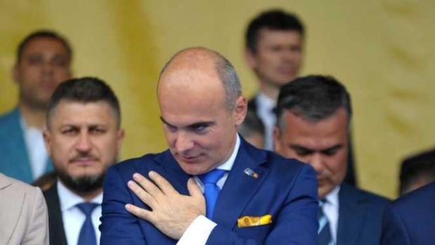 """Rareș Bogdan a lansat un atac devastator la adresa lui Călin Popescu Tăriceanu: """"Faceți asta dacă vă ține!"""""""