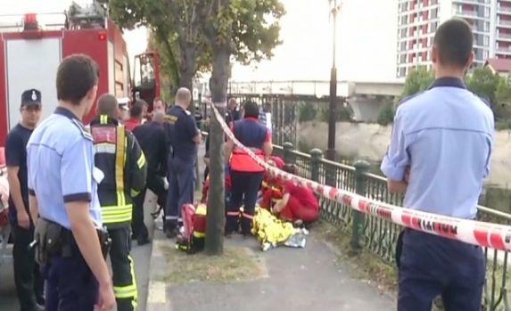 București. Un tânăr a murit înecat în Dâmboviţa, după ce a salvat un băiat de 16 ani care căzuse în apă