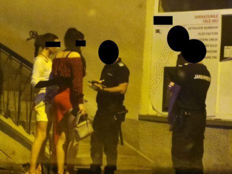 Sibiu. Doi travestiţi au fost călcați în picioare într-un club din oraș! Cum a început scandalul
