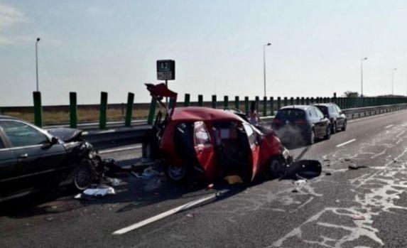 Accident în lanț pe Autostrada Soarelui. Şase maşini au fost implicate! Traficul este blocat