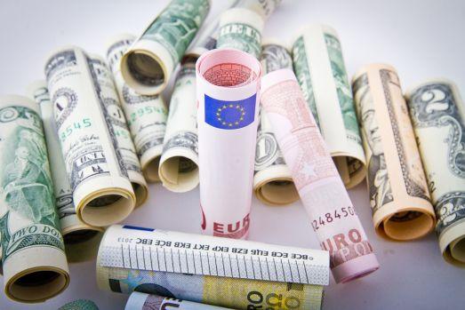 Curs valutar 8 iulie 2019. Cum se prezintă leul în raport cu principalele valute la început de săptămână