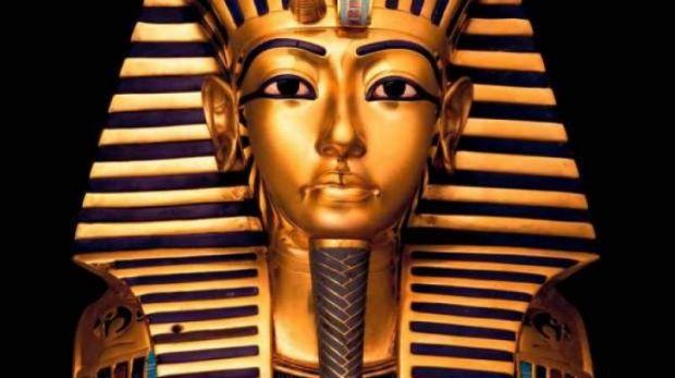 Egiptul fierbe! O statuie a faraonului Tutankhamon, vândută cu o sumă uriașă! Foto în articol