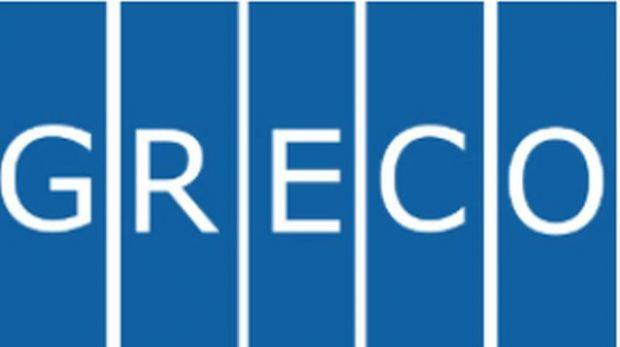 Raportul GRECO face praf schimbările legilor justiției aplicate de PSD – ALDE! Guvernul Dăncilă este pus la colț