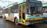 București. Troleibuzele liniilor 65, 86 și 97 sunt blocate, traficul este para…