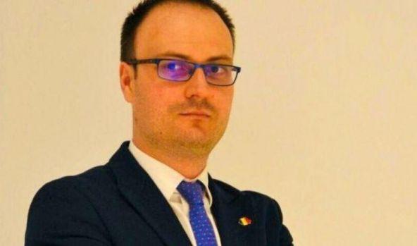 Alexandru Cumpănașu, cel mai bine plătit semi-bugetar din România, are o avere fabuloasă! Și un salariu lunar uriaș