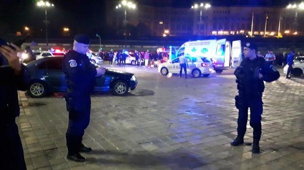 București. O persoană a murit, după o încăierare ca-n filme în Piața Constituției! Video și galerie foto