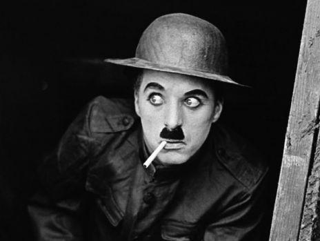 Răspunsul genial dat de Charlie Chaplin când a fost întrebat care femei sunt cele mai fidele