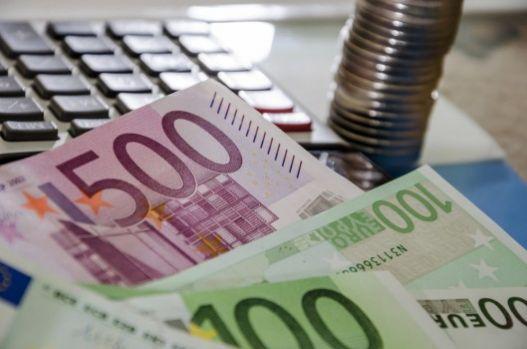 Curs valutar 30 septembrie 2019. Euro și dolarul s-au apreciat ușor